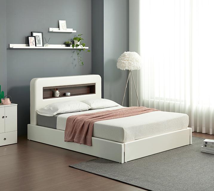 튜베 LED조명 헤드 수납 가죽 침대 세트 퀸(Q) +본넬 매트리스포함 / 월 55,800원